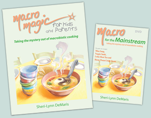 Macro Magic for Kids and Parents & Macro for the Mainstream (book and DVD combo) - Sheri-Lynn DeMaris